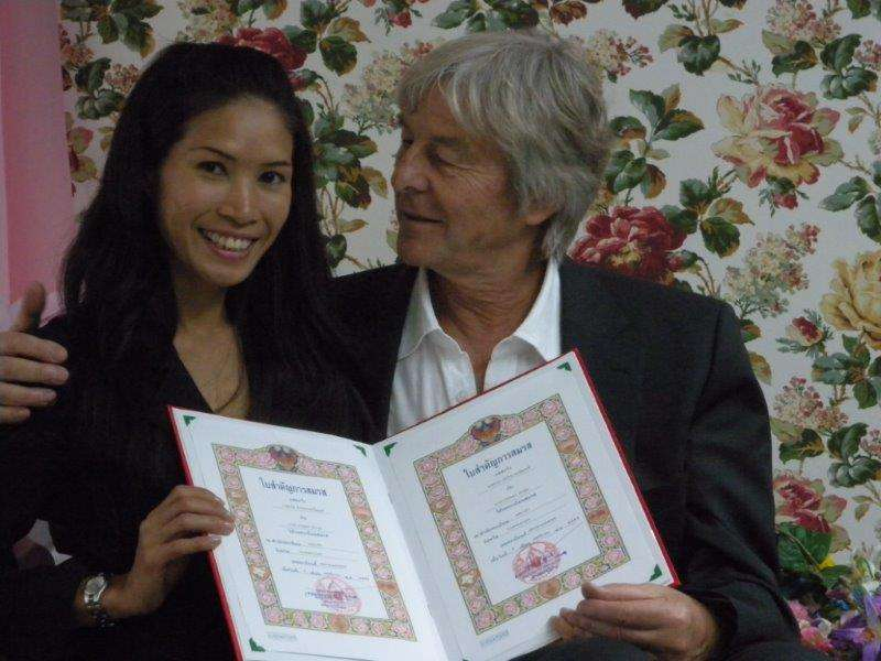 Hello,<br>First I would like to thank to Thaikisses.<br><br>We get married on 9. November 2012.<br><br>We are happy together. <br><br>Now, we are living in Swiss, we have our own company.<br><br>In the...